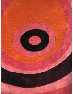 Килим с шарка на кръгове-1