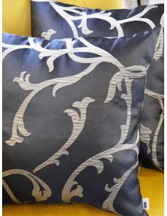 Декоративни възглавници в тъмно кафяво с детайли-1