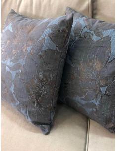 Декоративни възглавници в сини нюанси на цветя-1