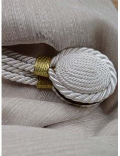 Магнит за перде в слонова кост със златен дизайн-1