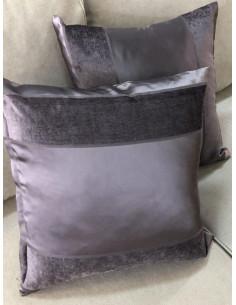Декоративни възглавнички в лилав цвят-1