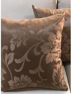 Кафяви декоративни възглавници с десен на цветя-1