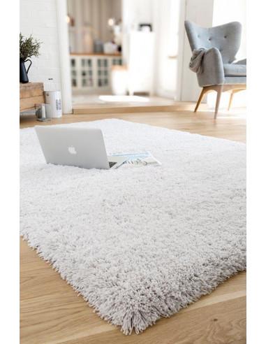 Едноцветен бял килим Savona-1