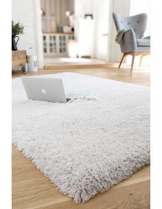 Едноцветен дългокосмест бял килим Savona 160x230см.-1