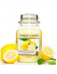 Ароматна свещ с лимон Yankee Candle Sicilian Lemon-1