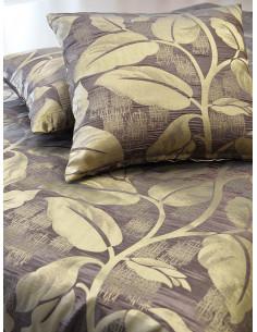 Декоративни възглавници в кафяв нюанс и златисти листа-1