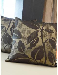 Декоративни възглавници в златист нюанс и кафяви листа-1