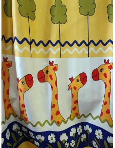 Готова детска жълта плътна завеса с жирафи 2.50x2.50м.-1